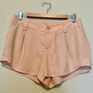 NWT Alice + Olivia blush shorts